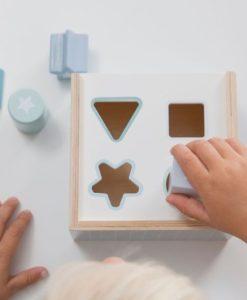Ξύλινο παιχνίδι ταξινόμησης σχημάτων, γαλάζιο1